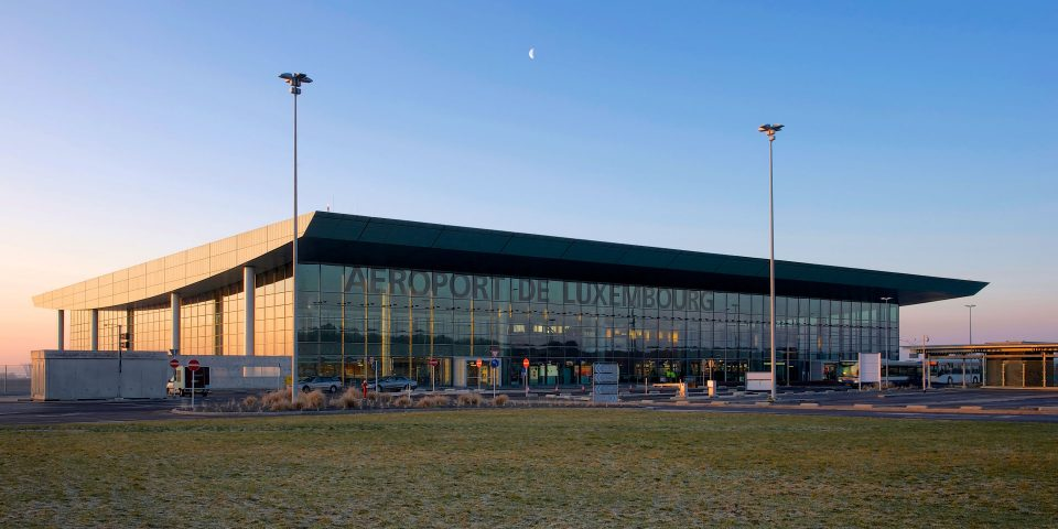aeroport-luxembourg-exterieure.jpg