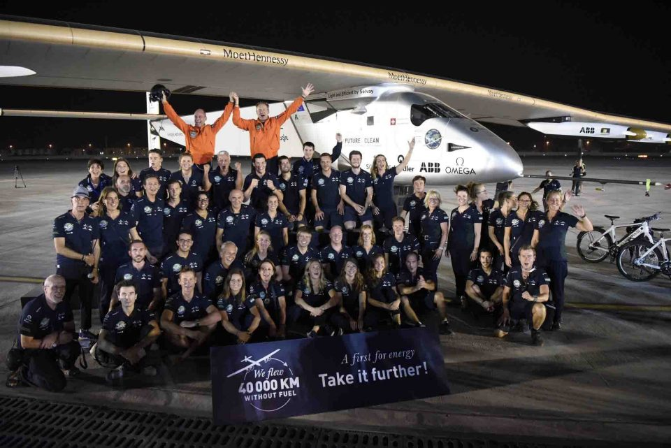 Landing in Abu Dhabi - The Solar Impulse team celeberates their success