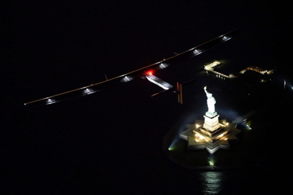 Solar Impulse lands in New York - High above the State of Liberty
