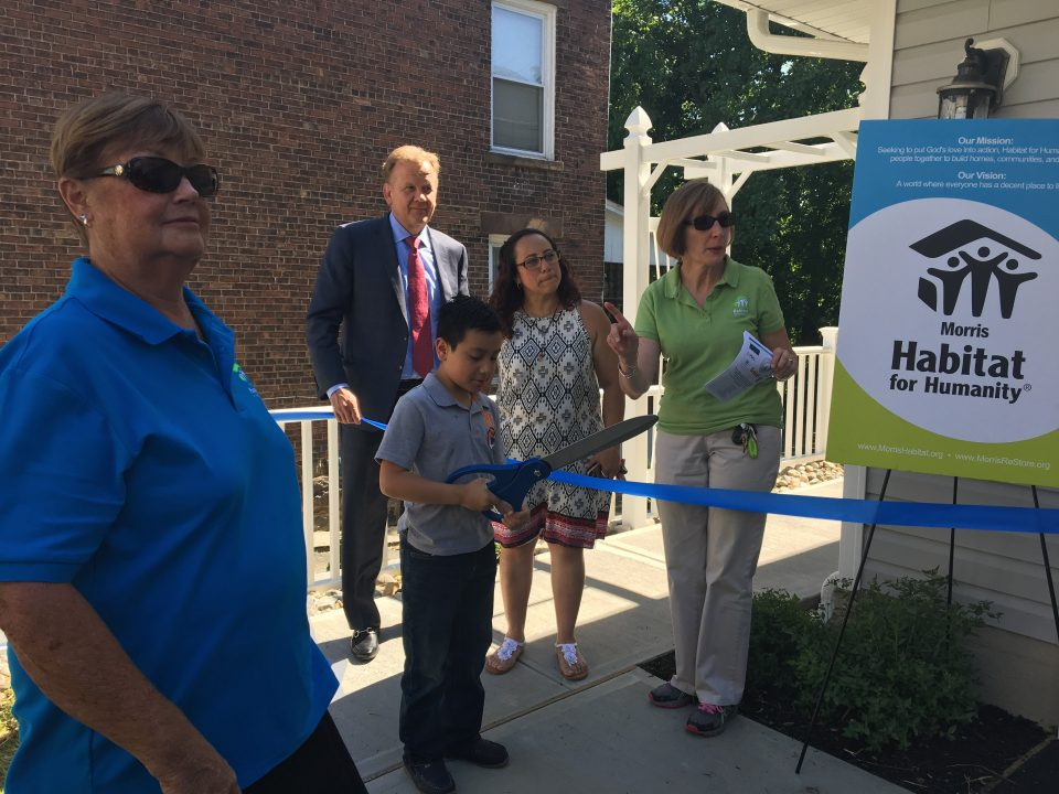 Habitat for Humanity - Ribbon cutting ceremony